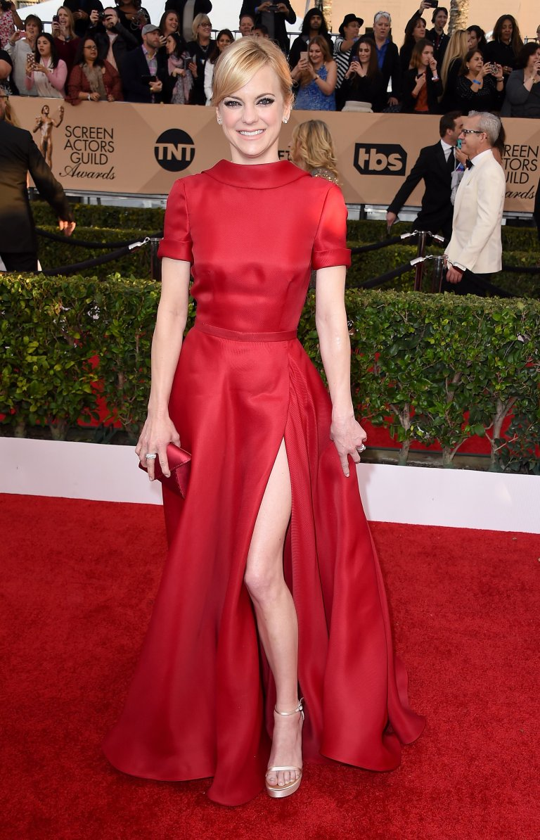 Getty. Anna Faris in Naeem Khan. 2016. Web. 30 Jan. 2016. http://www.vogue.com/slideshow/13393560/sag-awards-2016-fashion-red-carpet/#24.