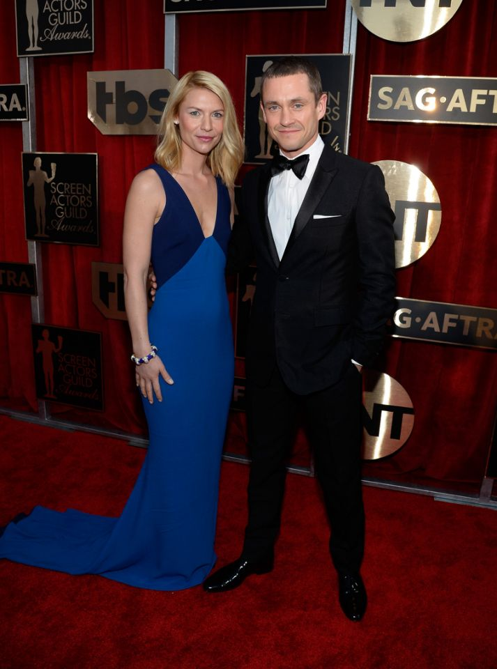 Getty. Claire Danes in Stella McCartney & Hugh Dancy. 2016. Web. 31 Jan. 2016. https://www.yahoo.com/style/sag-awards-2016-everyone-wore-233928853/photo-claire-danes-in-stella-mccartney-1454212177054.html.
