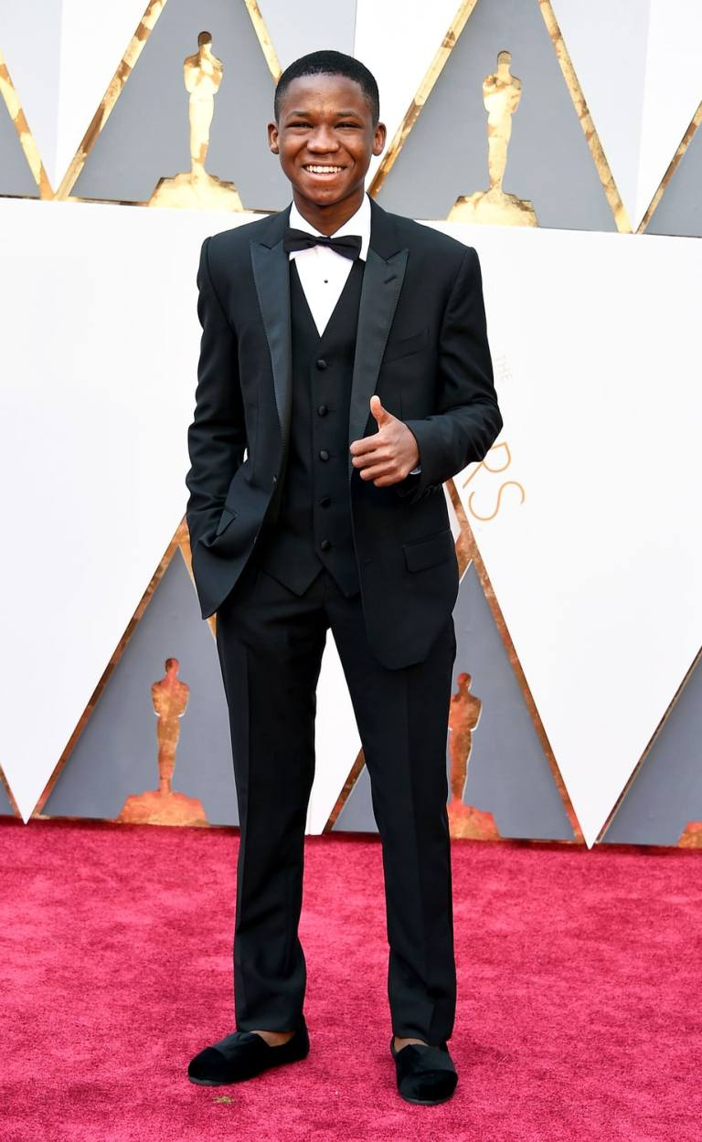 Granitz, Steve. Abraham Atah. 2016. Web. 29 Feb. 2016. http://www.usmagazine.com/celebrity-style/pictures/oscars-2016-red-carpet-fashion-men-in-tuxes-w165614/abraham-attah-w165620.