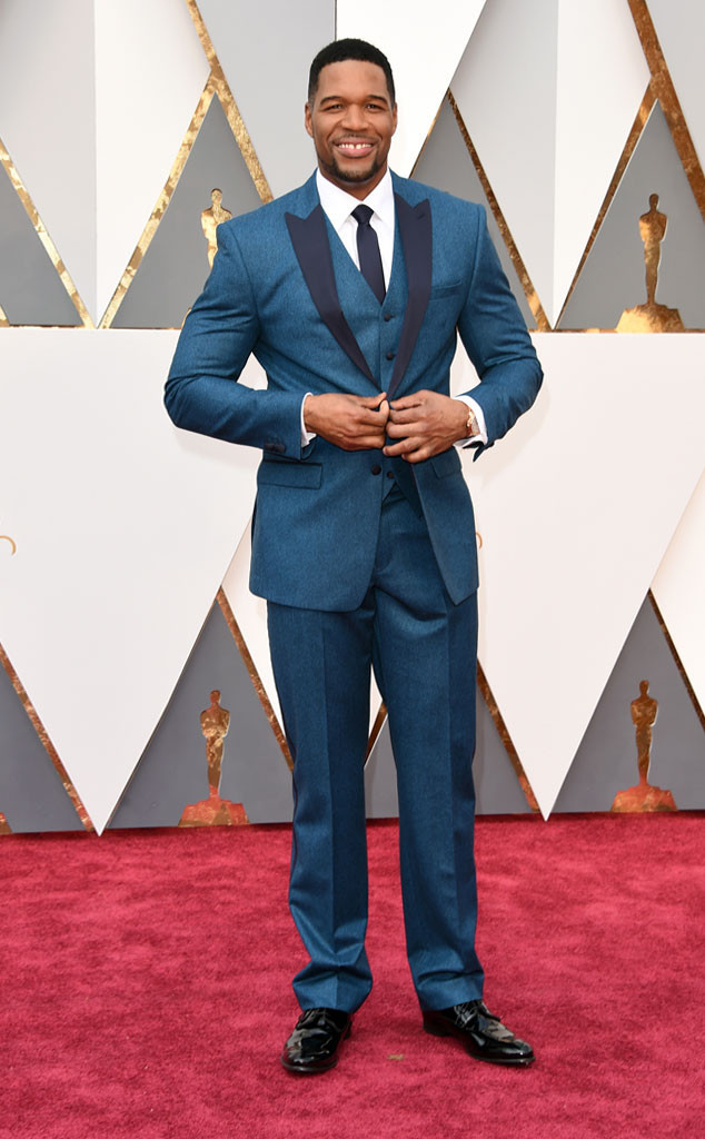 Merritt, Jason. Michael Strahan in Collection by Michael Strahan. 2016. Web. 28 Feb. 2016. http://www.eonline.com/photos/18308/oscars-2016-what-the-stars-wore/683790.