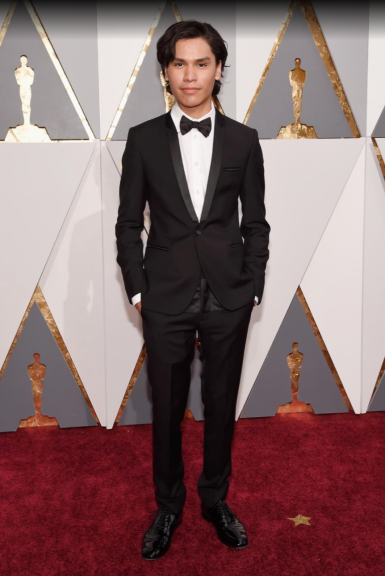 Djansezian, Kevork. Forrest Goodluck. 2016. Web. 29 Feb. 2016. http://www.nydailynews.com/entertainment/oscars-2016-best-worst-red-carpet-gallery-1.2546647?pmSlide=1.2547079.