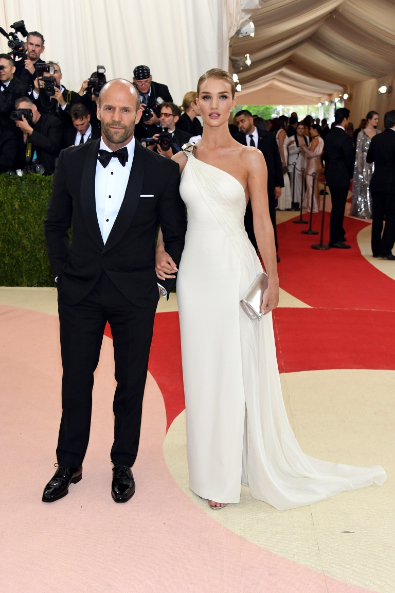 Getty. Jason Statham and Rosie Huntington-Whiteley in Ralph Lauren. 2016. Web. 4 May 2016. http://www.elle.com/fashion/celebrity-style/news/g28215/hottest-couples-met-gala-2016/?slide=3.