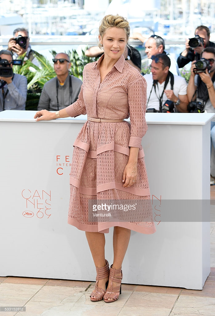 Venturelli. Virginie Efira. 2016. Web. 24 May 2016. http://www.gettyimages.com/pictures/virginie-efira-attends-the-elle-photocall-during-the-69th-news-photo-533152612.