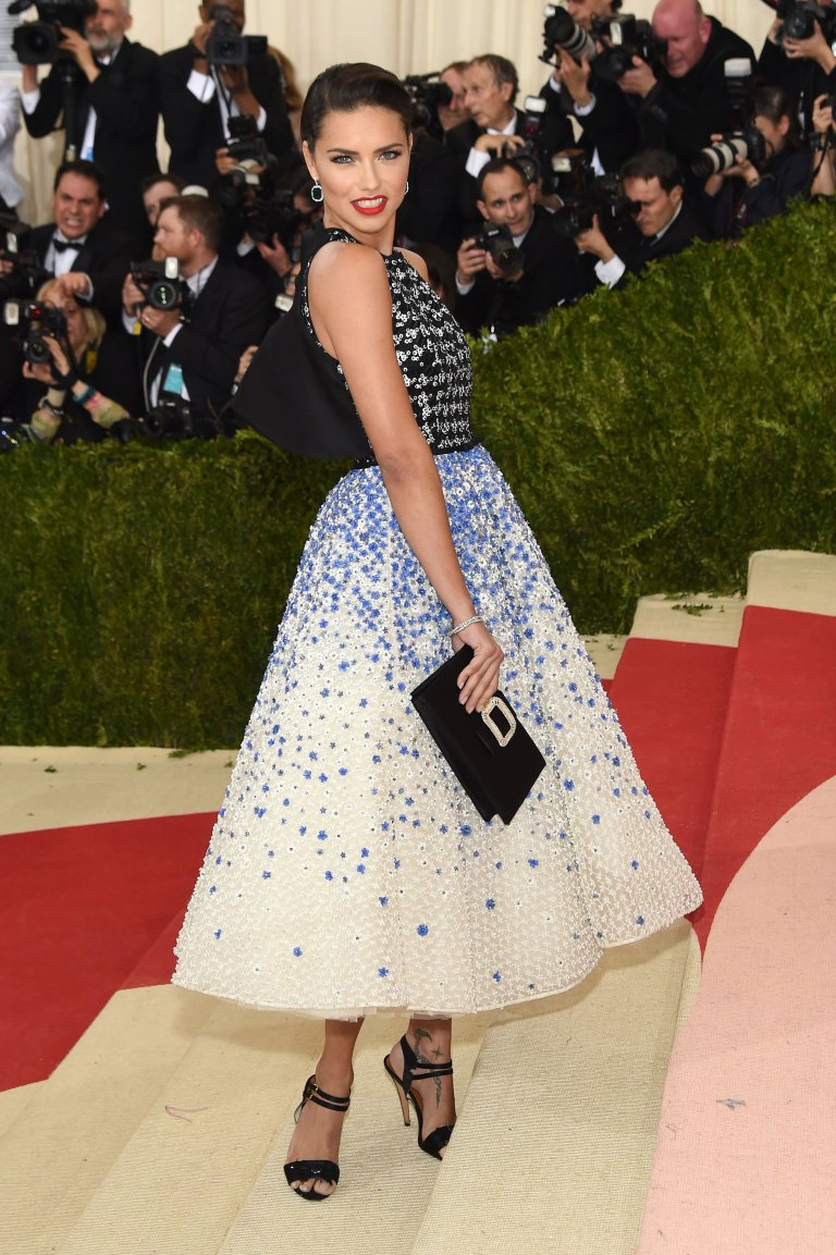 Getty. Adriana Lima in Giambattista Valli. 2016. Web. 4 May 2016. http://www.vogue.com/slideshow/13429562/met-gala-2016-red-carpet-celebrity-fashion-live/#102.