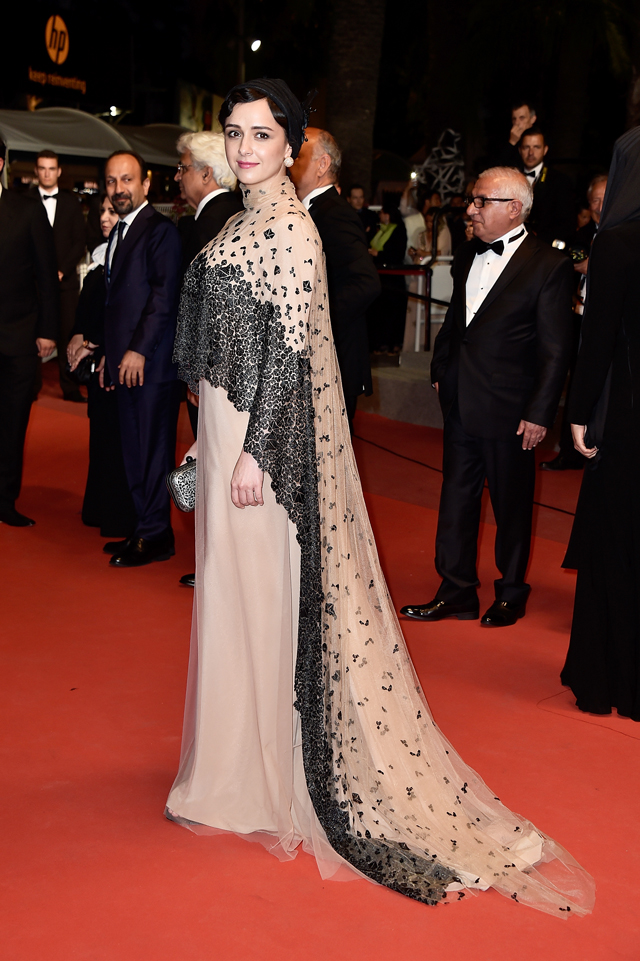 Getty. Taraneh Alidoosti in Negar Nemati. 2016. Web. 23 May 2016. http://www.buro247.sg/fashion/news/best-dressed-cannes-2016-day11-dresses-trains.html.