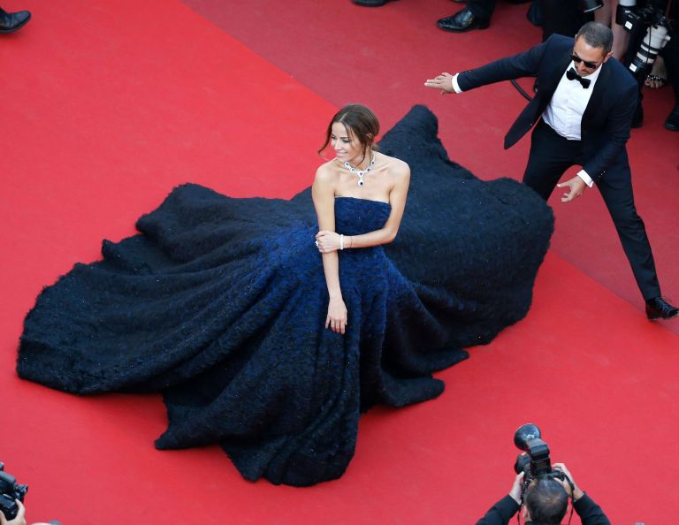 Gaillard, Eric. Carolina Parsons in Ralph & Russo. 2016. Web. 23 May 2016. http://www.lexpress.fr/styles/diapo-photo/styles/tapis-rouge/cannes-kristen-stewart-rayonnante-sur-le-tapis-rouge_1792893.html.