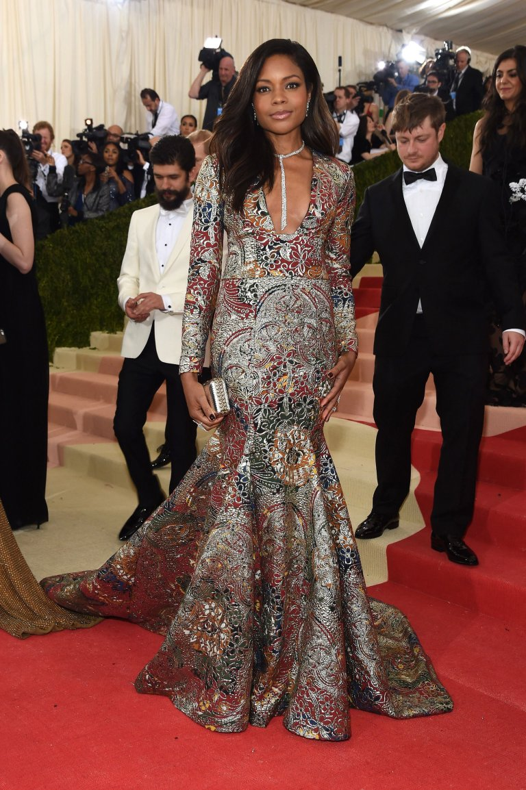 Getty. Naomie Harris in Burberry. 2016. Web. 4 May 2016. http://www.vogue.com/slideshow/13429562/met-gala-2016-red-carpet-celebrity-fashion-live/#96.