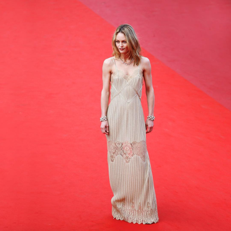 Venturelli/WireImage. Vanessa Paradis in Chanel. 2016. Web. 21 May 2016. https://www.instagram.com/p/BFmNXTmAEuN/?taken-by=chanelofficial.