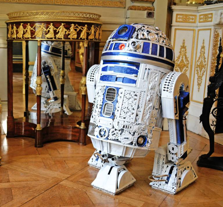 Bellino, Alain. R2-D2 Imperial Style. 2014. Web. 15 Aug. 2016. https://www.1stdibs.com/art/sculptures/alain-bellino-star-wars-r2-d2-bronze-sculpture/id-a_500162/.
