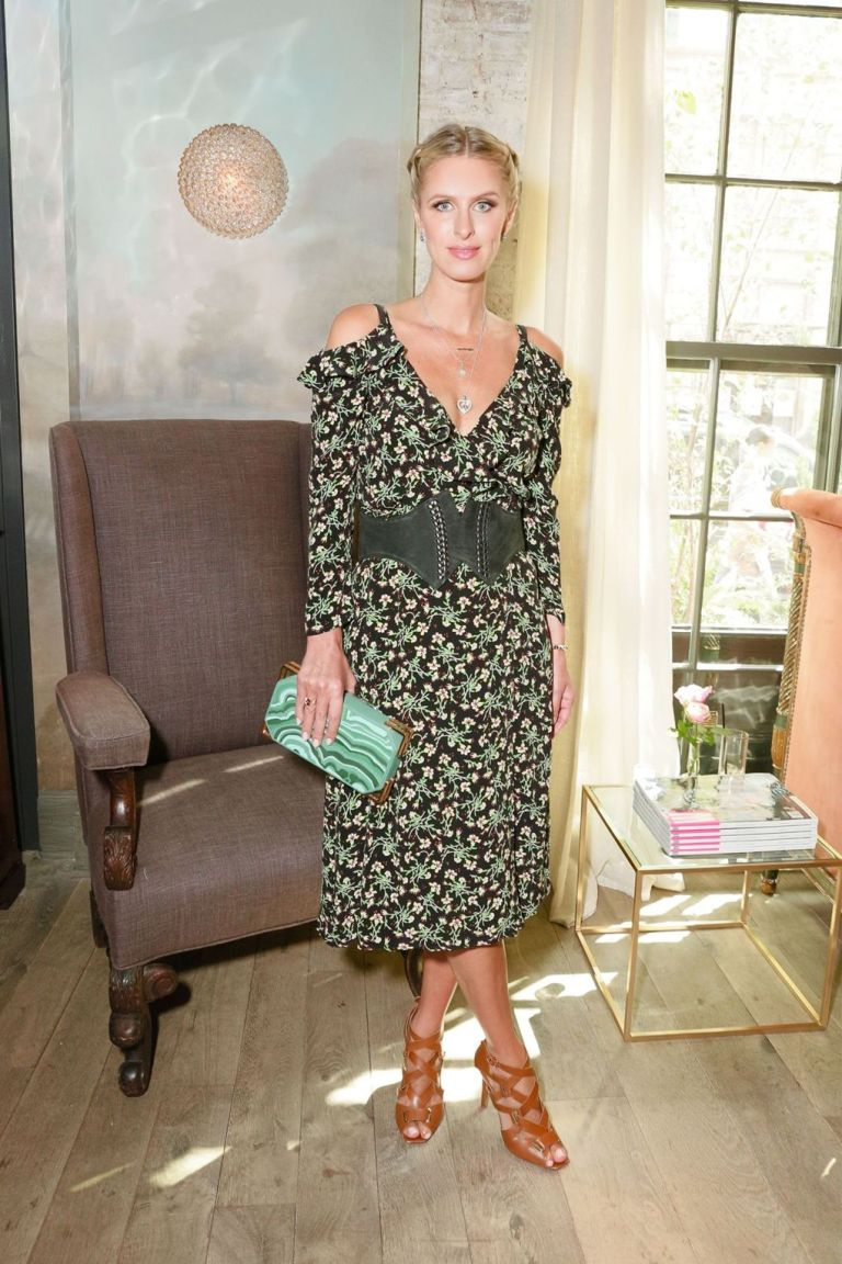 REX. Nicky Hilton. 2016. Web. 18 Sept. 2016. http://www.vogue.co.uk/gallery/new-york-fashion-week-celebrities-front-row-parties-ss17.