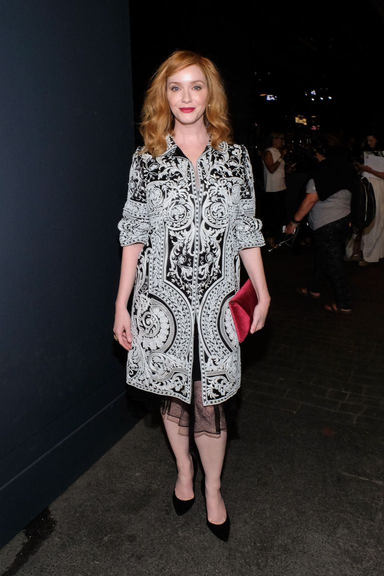 Getty. Christina Hendricks in Naeem Khan. 2016. Web. 18 Sept. 2016. http://www.vogue.co.uk/gallery/new-york-fashion-week-celebrities-front-row-parties-ss17.