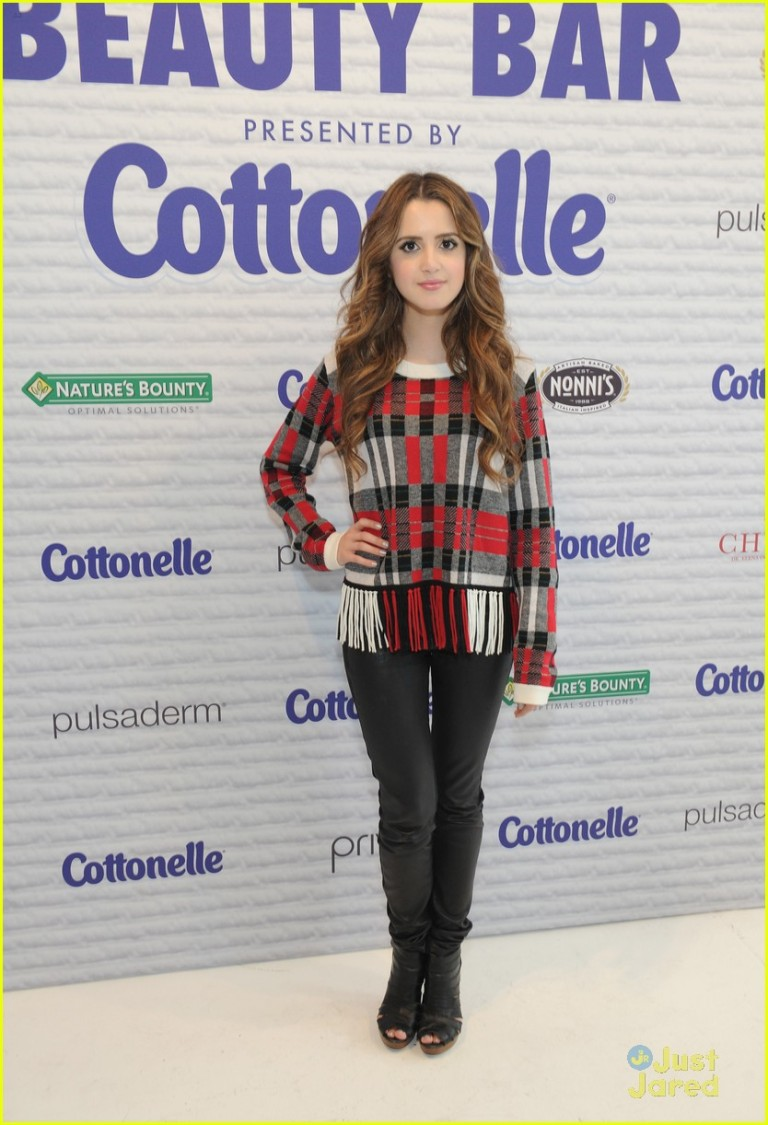 Barritt, Craig. Laura Marano in a Splendid Sweater. 2016. Web. 18 Sept. 2016. http://www.justjaredjr.com/photo-gallery/1022521/laura-marano-debuts-lala-visual-ken-jeong-07/.